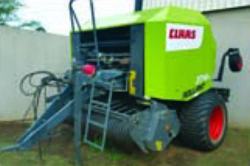 Hay and Forage Claas Balers 374 RC 2014