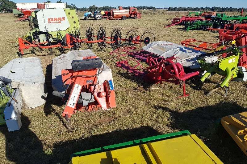 Claas Mowers 2x Claas 2650 6 tol,Kuhn,Lely,Staalmeester Elho Hay and forage