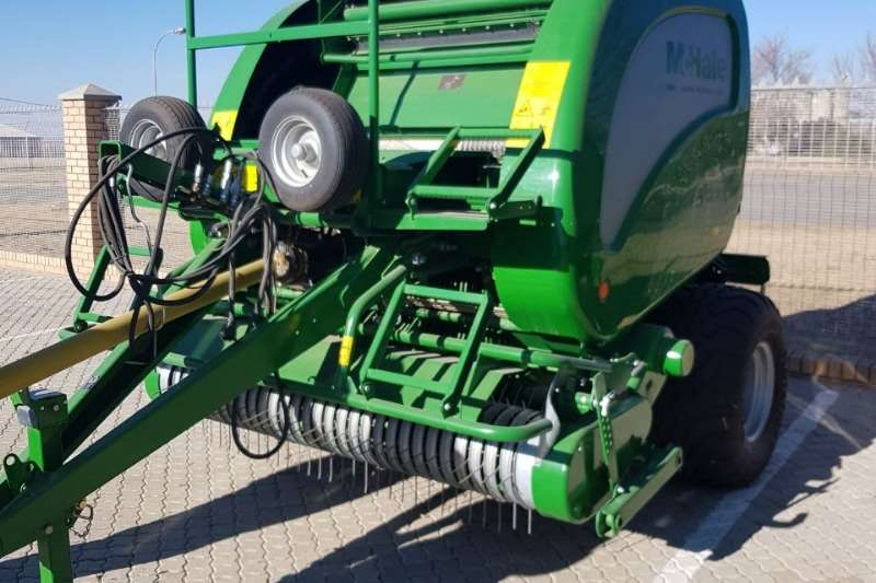 Hay and Forage JX Mchale F 5500 Baler Nuut