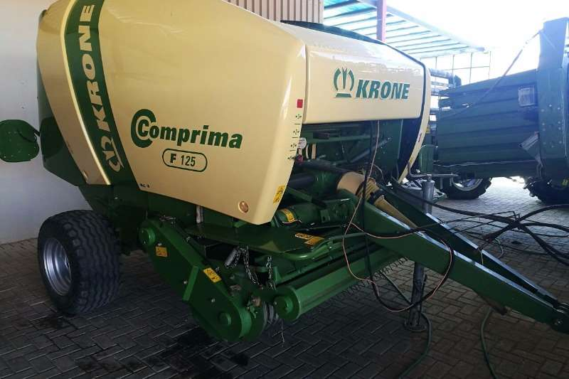 Hay and Forage Krone Balers COMPRIMA F125 0