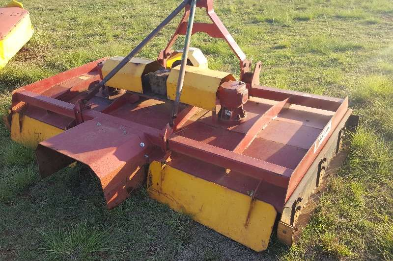 Rakes 3 gearbox + 2.5m Radium Haymaker Hay and forage