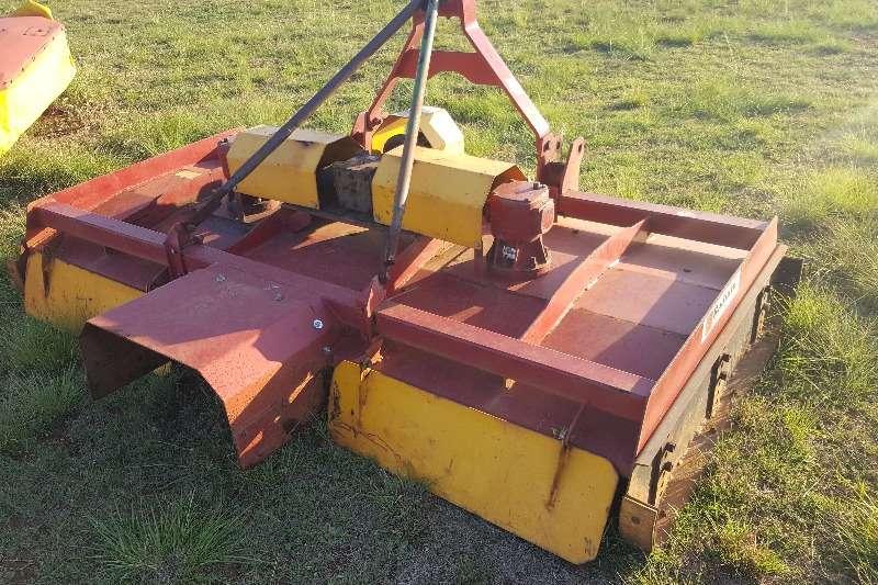 Rakes 3 gearbox + 2.5m Radium Haymaker Hay and forage