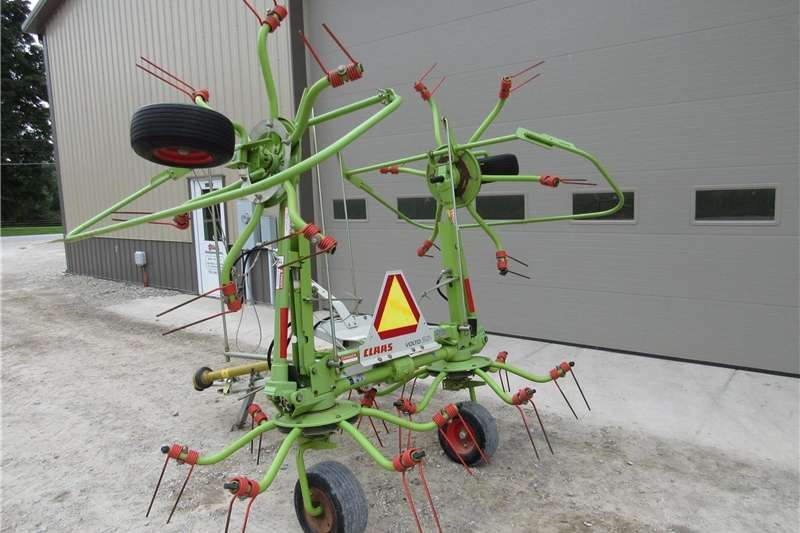 Rakes Claas Volto 52T Tedder Hay and forage