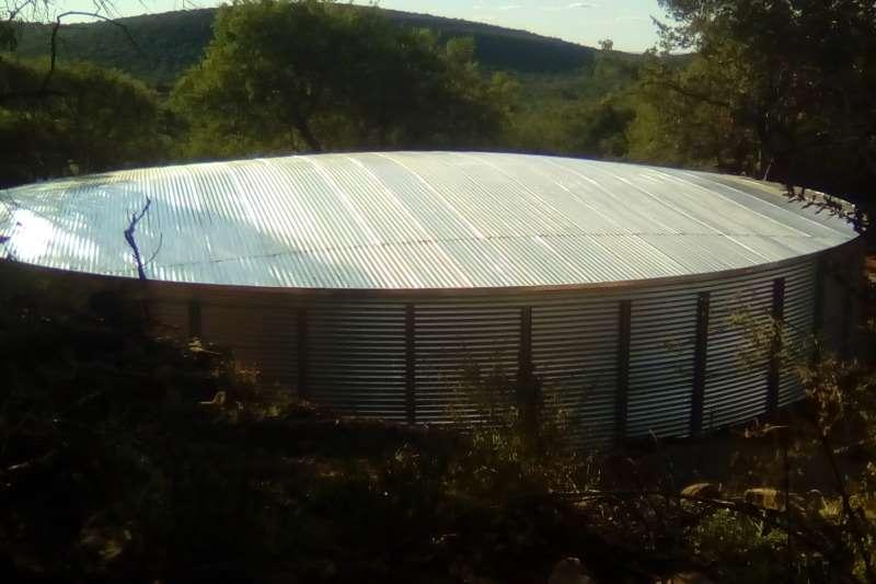 MAXIFLEX DAM 17.0 X 2.3 / 522000L MET STAAL DAK Irrigation