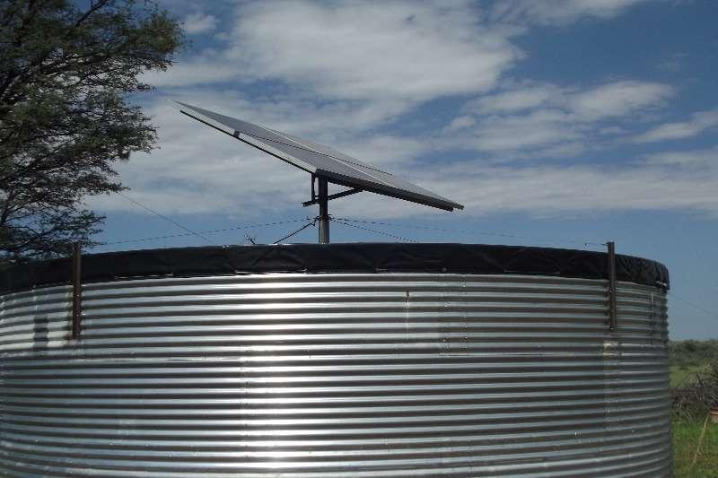 MAXIFLEX PANEEL DAM MET SOLAR STELSEL Irrigation