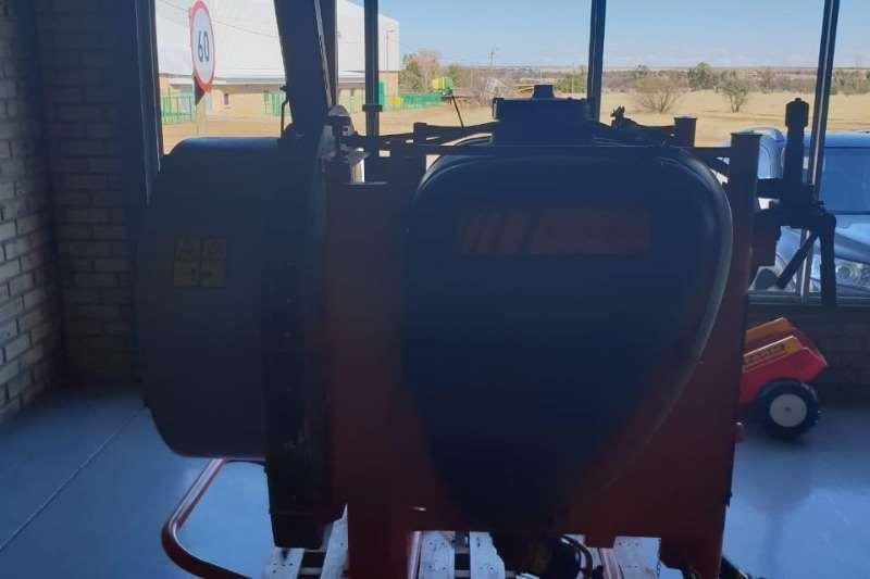 Jacto JACTO ARBUS 400 Sprayers and spraying equipment