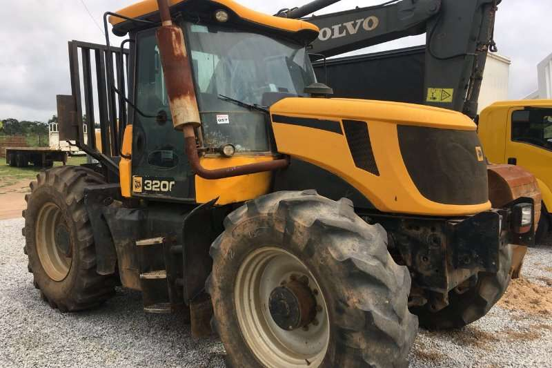 JCB Machinery JCB 3200 Fastrac4X4 Tractor For Sale