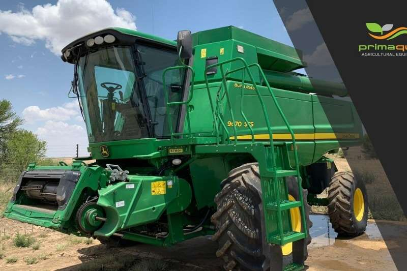 John Deere Combine Harvesters and Harvesting Equipment Grain Harvesters JD 9670 STS + JD 625F 2008