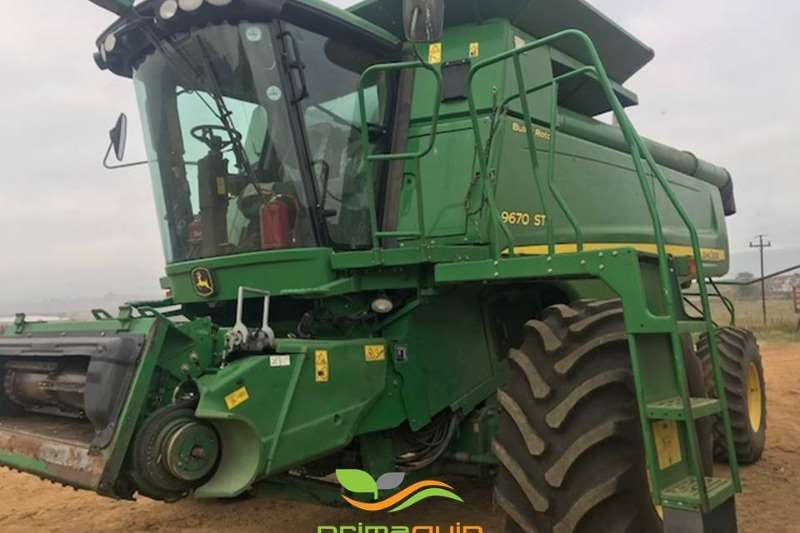 John Deere Grain harvesters John Deere 9670 STS Combine harvesters and harvesting equipment