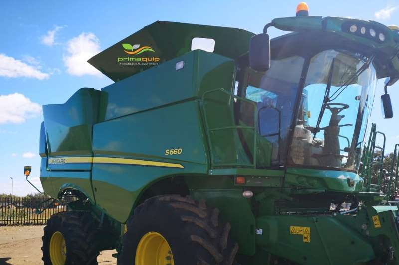 John Deere Combine Harvesters and Harvesting Equipment Grain Harvesters John Deere S 660 2017