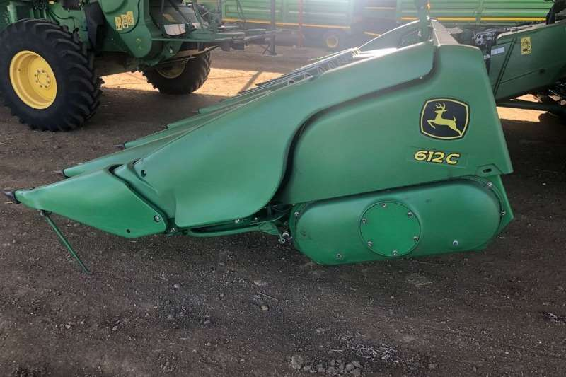 John Deere Maize heads John Deere 612 C Combine harvesters and harvesting equipment