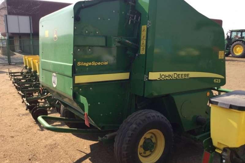 John Deere 623 Baler Hay and forage