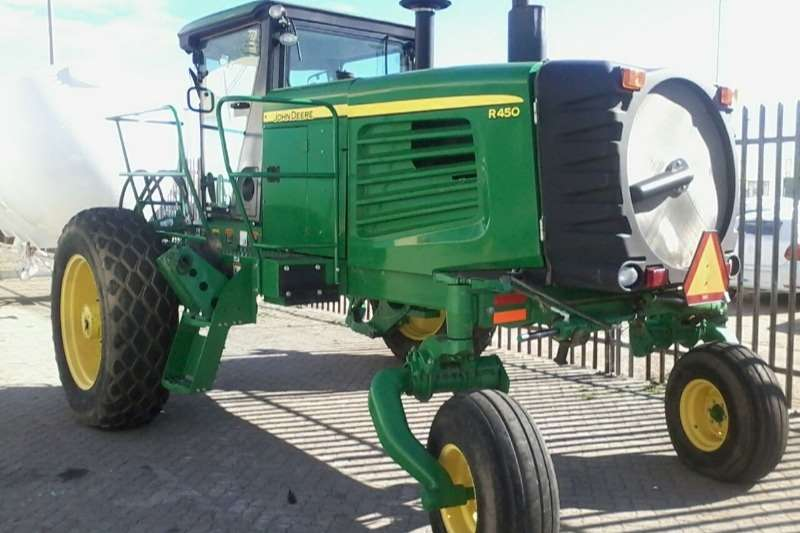 John Deere Mower-Conditioners R450 WINDROWER (200HP) Hay and forage