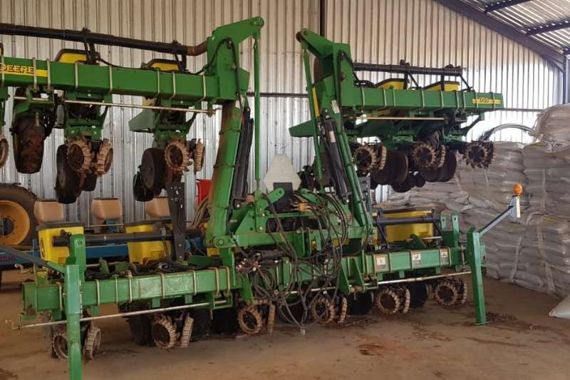 John Deere Planting and Seeding Other Planting and Seeding John Deere 1720 2016