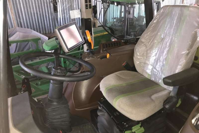 John Deere Boom sprayers John Deere 4630 W Sprayers and spraying equipment