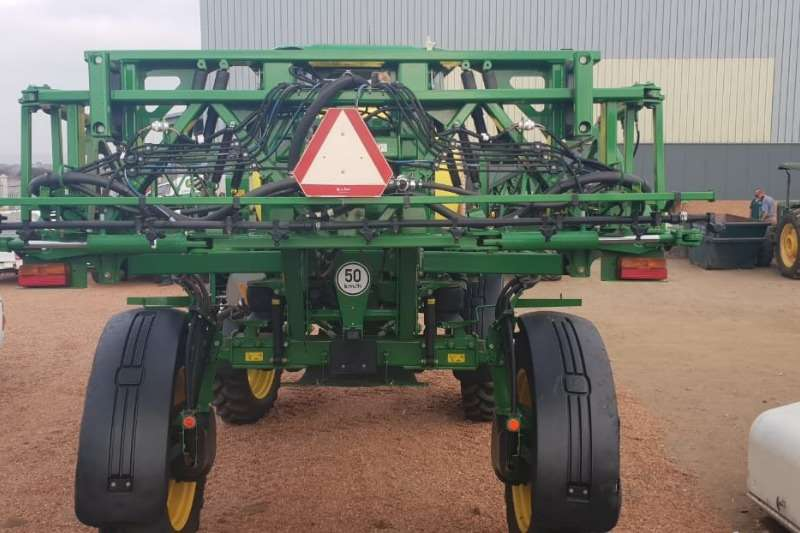 John Deere Boom sprayers John Deere 4630 Wide Sprayers and spraying equipment