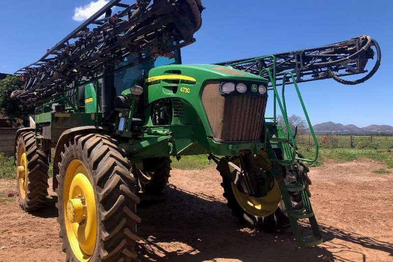 John Deere Sprayers and Spraying Equipment Boom Sprayers John Deere 4730 Sprayer 2009