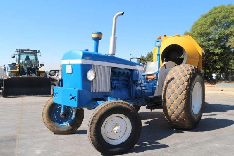 John Deere Tractors 2030 Tractor