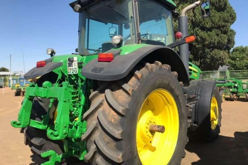 John Deere 7730 MFWD Cab Tractor Tractors
