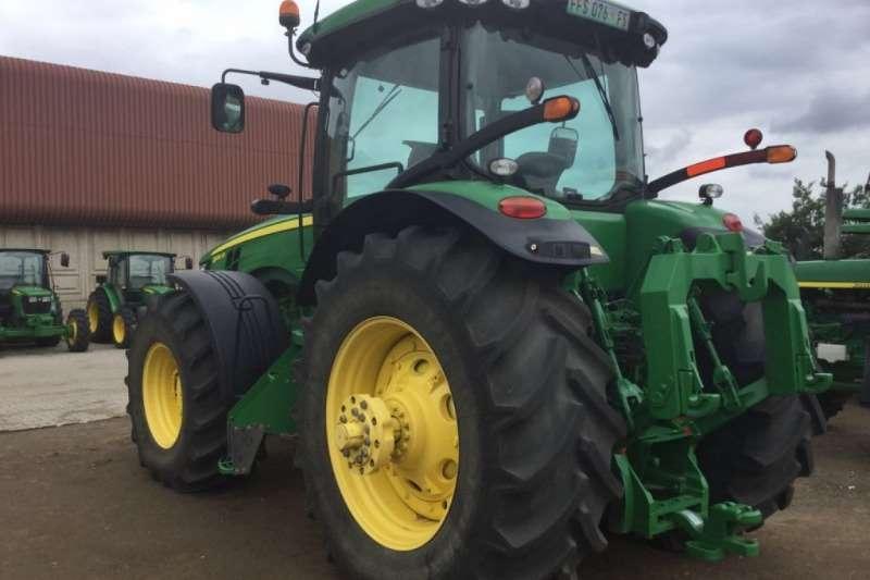 John Deere 8310 MFWD Cab Tractor Tractors