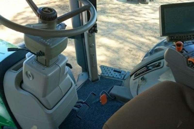 John Deere 8370R Cab Tractor Tractors