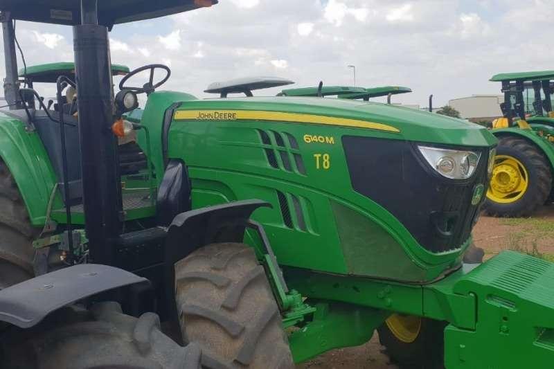 John Deere Four wheel drive tractors John Deere 6140 M Rops Tractors