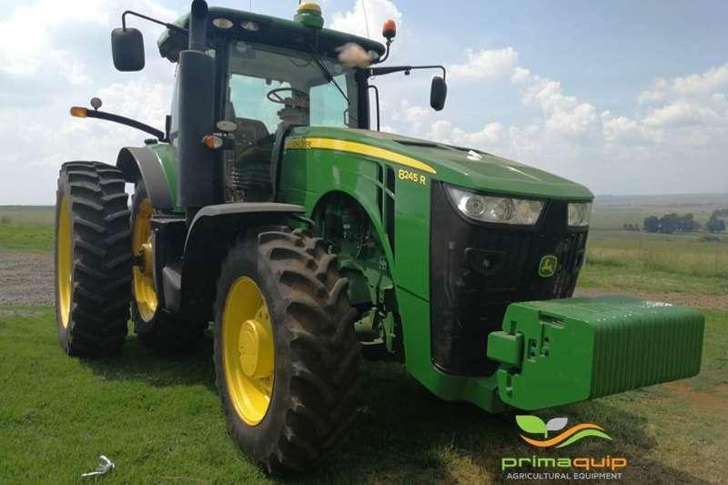 John Deere Four wheel drive tractors John Deere 8245 R Tractors