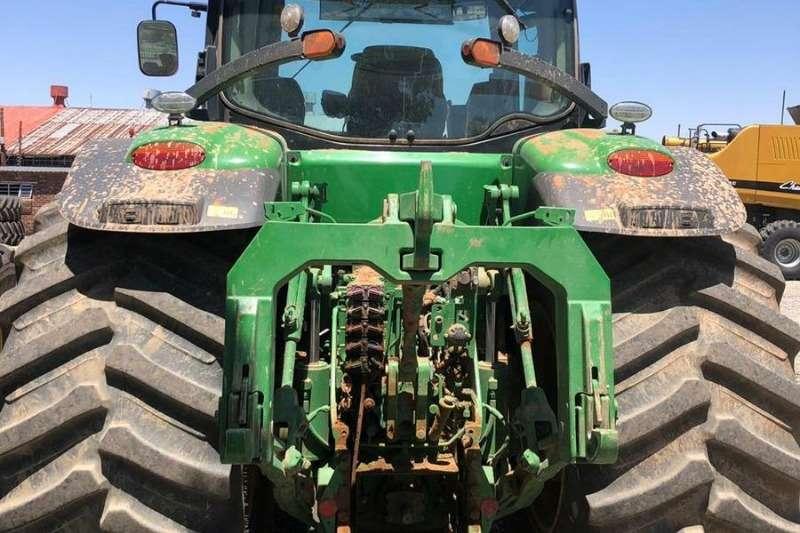 John Deere Four wheel drive tractors John Deere 8295 R Tractors