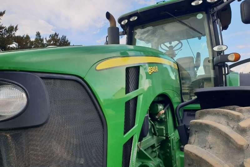 John Deere Four wheel drive tractors John Deere 8345 R Tractors