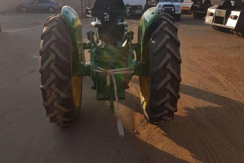 John Deere JOHN DEER 1140 Tractors