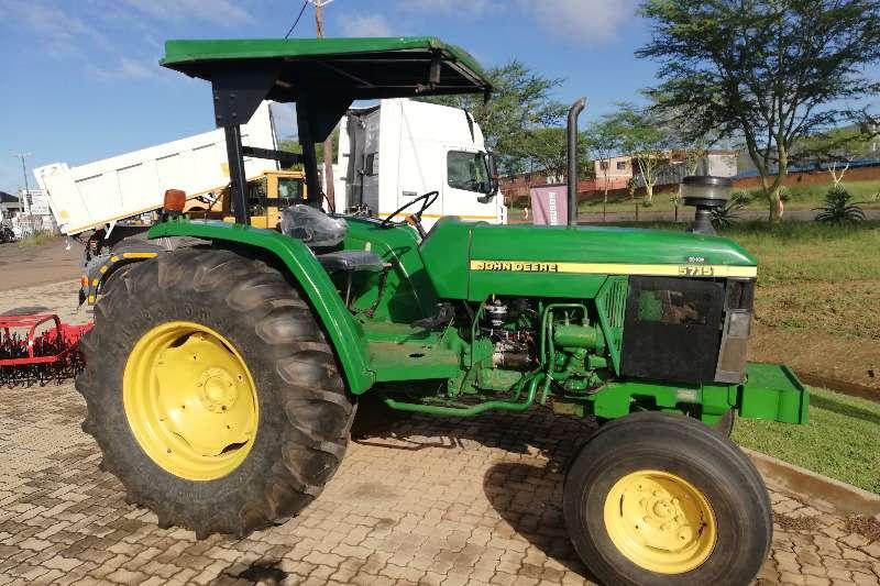 John Deere Two wheel drive tractors 5715 4x2 Tractors