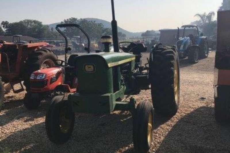 John Deere Two wheel drive tractors John Deere 3130 Tractors