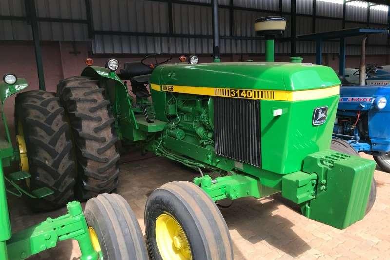 John Deere Tractors Two Wheel Drive Tractors John Deere 3140