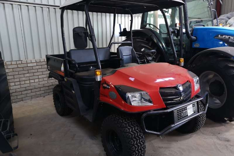 Kioti Four wheel drive Kioti MEC 2210 4WD UTV Diff Lock Demo Model Utility vehicle