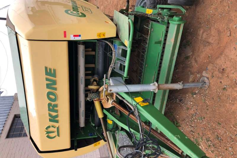 Krone Hay and Forage KRONE COMPRIMA F1250