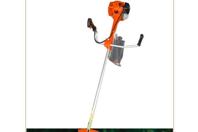 51.7 CC POWER PRO BRUSH CUTTER Lawn equipment