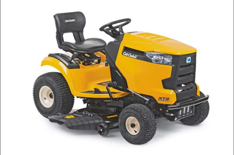 Lawn Equipment CUB CADET RIDE-ON LAWN TRACTOR - FABRICATED DECK