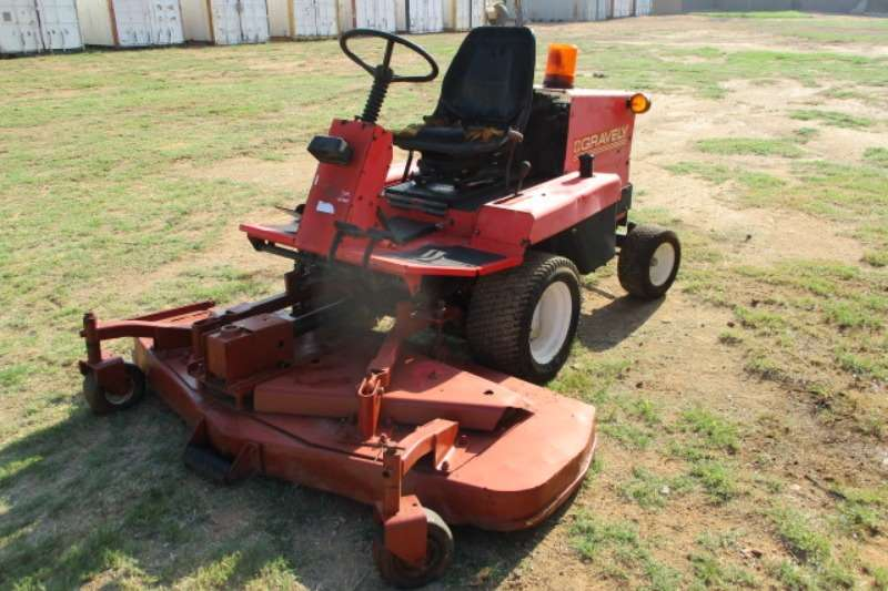 Lawnmowers GRAVELY RIDE ON MOWER Lawn equipment