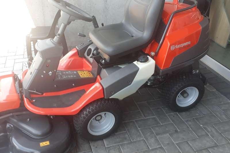 Lawnmowers Husqvarna R418 Ts Lawn equipment