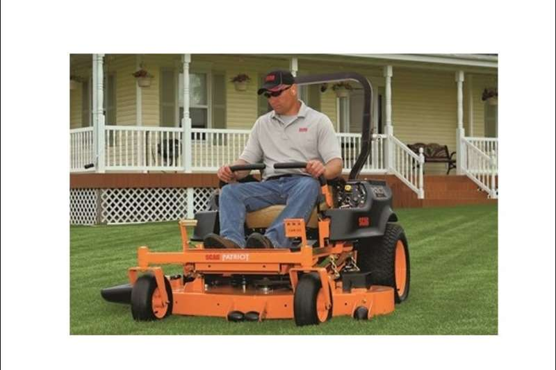 SCAG ZERO TURN RIDE ON MOWERS: Lawn equipment