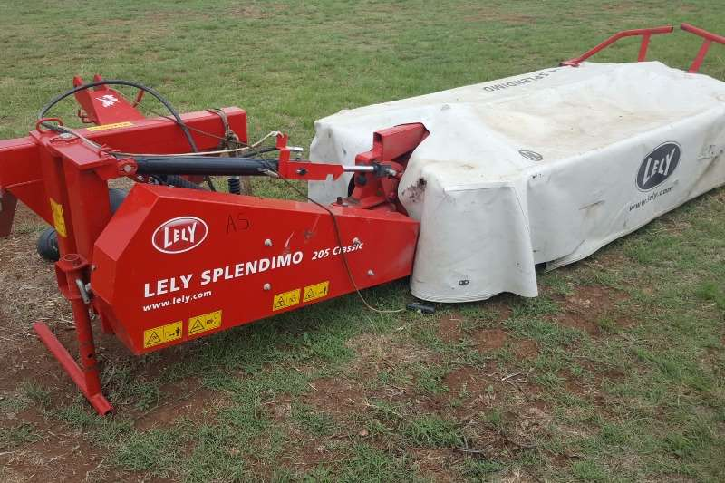 Lely Disc mowers 5 disc Lely Splendimo 205 disc mower Hay and forage