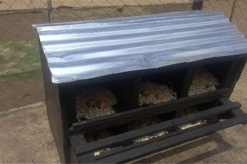 Chickens FREE RANGE NESTING BOXES Livestock