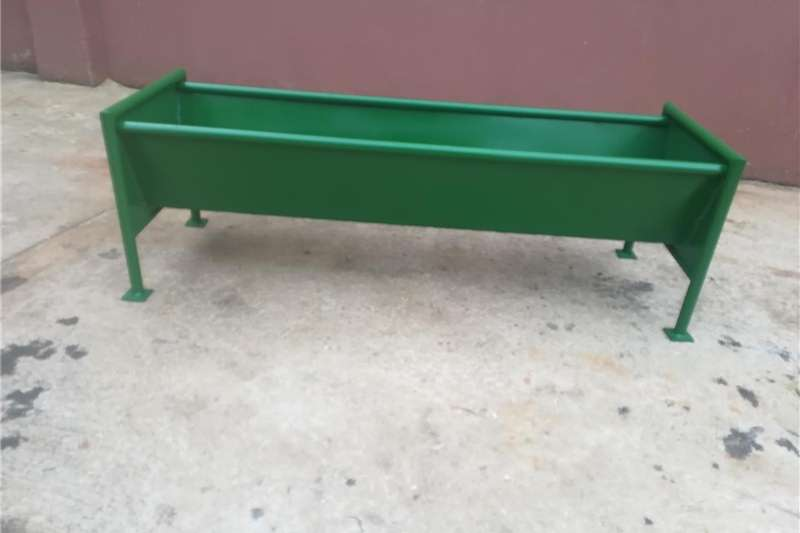 Livestock crushes and equipment Self Feeders and Feeders Livestock handling equipment