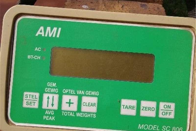 Livestock scale equipment AMI Vee Skaal Model SC806 Livestock handling equipment