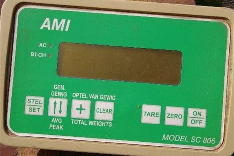 Livestock scale equipment AMI Vee Skaal Model SC806 Livestock handling equipment