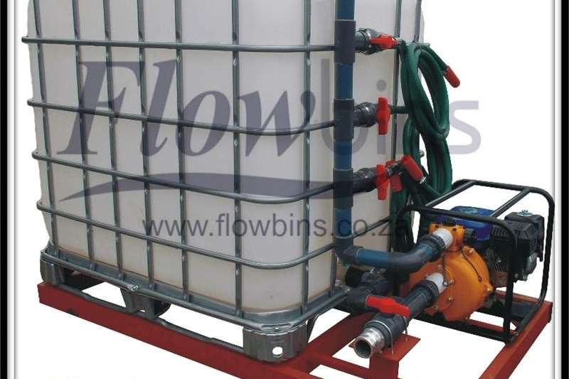 1000L Water Bowsers / Fire Figthers   Multi Purpos Machinery