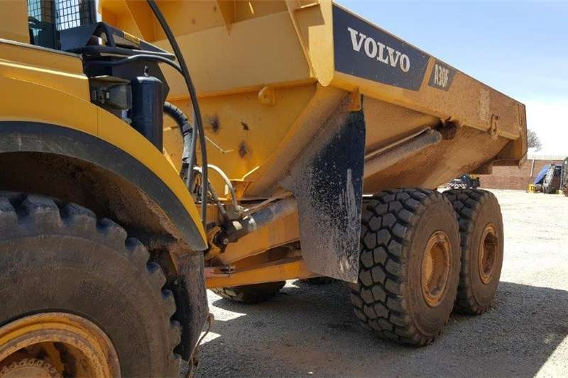 Bell Dumpers Trucks B40D Used Machinery