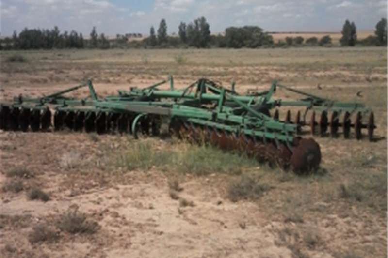 Machinery Farming 40 disk  offset
