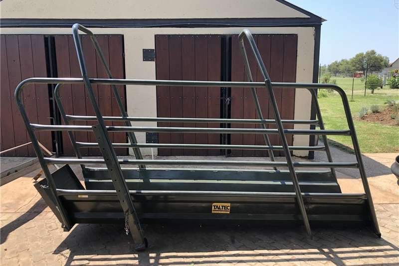 Farming Cattle loading Ramp Machinery