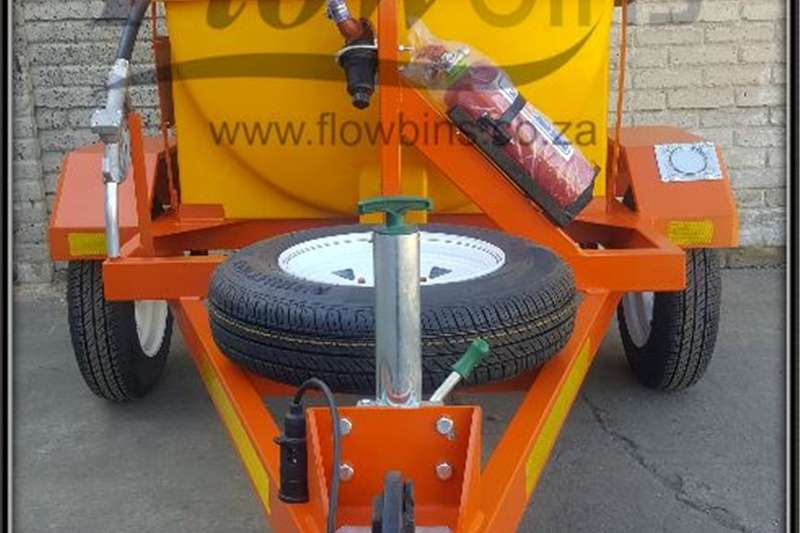 Farming Gauteng: NEW 600L Diesel Bowser Trailers 12V with Machinery